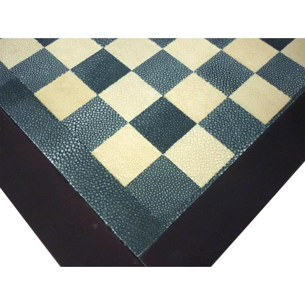 C0G98   Chess Table