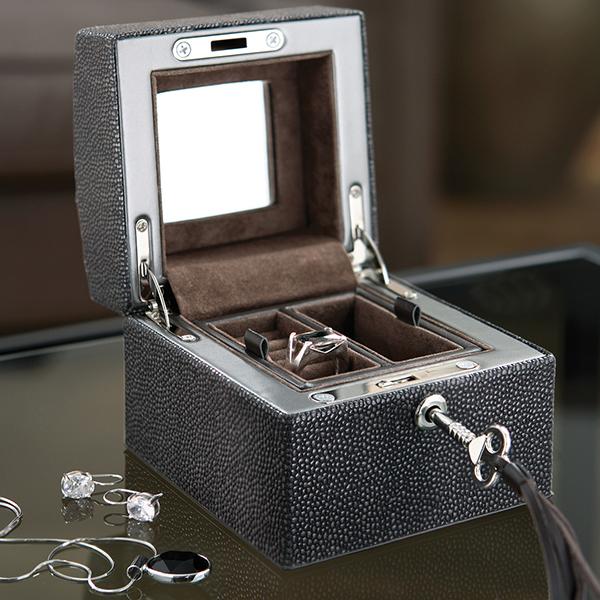 U933/1 | Faux Stingray jewelry box