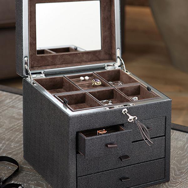 W0126   Faux Stingray jewelry box with drawer