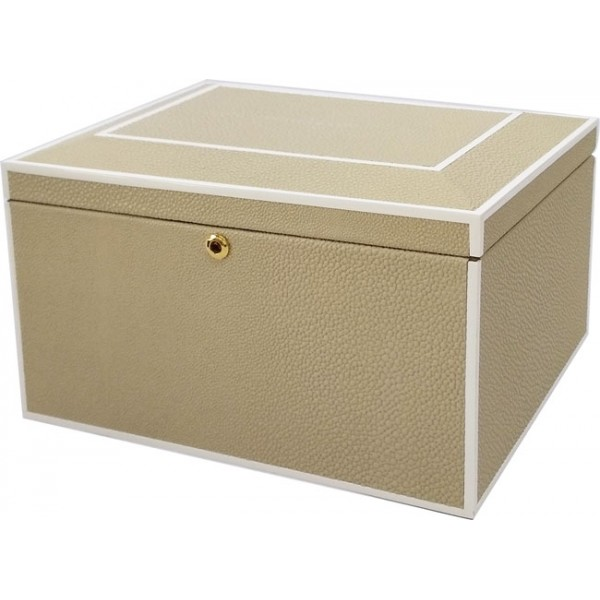 12321 | Faux Stingray Jewelry Box