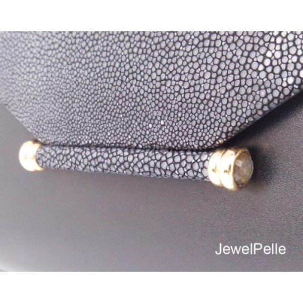 HB0424 - Shagreen bag clutch